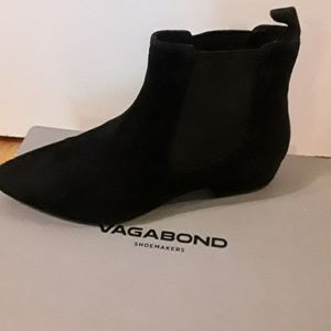 Only worn once! Vagabond Sarah boot